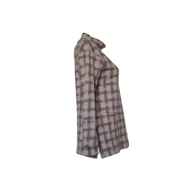Brunelda shirt, with soft and glided line along the body